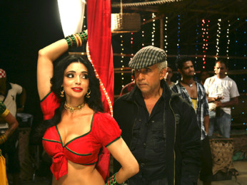 Movie Still From The Film Chaalis Chauraasi,Shweta Bhardwaj,Naseeruddin Shah