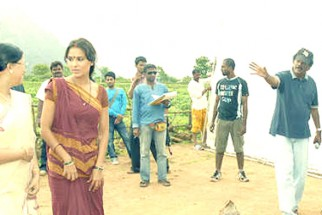 On The Sets Of The Film Billu Featuring Lara Dutta