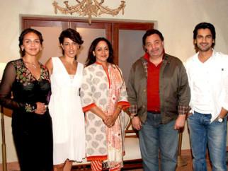 On The Sets Of The Film Tell Me O Kkhuda Featuring Esha Deol,Hema Malini,Rishi Kapoor,Arjan Bajwa