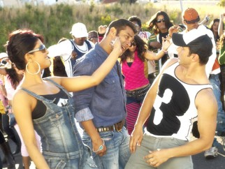 Movie Still From The Film God Tussi Great Ho,Priyanka Chopra,Salman Khan,Sohail Khan