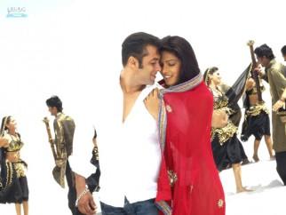 Movie Still From The Film God Tussi Great Ho,Salman Khan,Priyanka Chopra