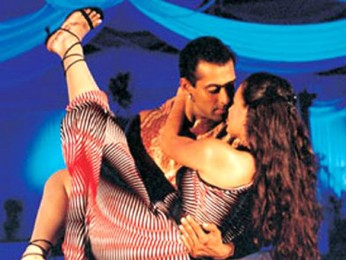 Movie Still From The Film Tumko Na Bhool Paayenge Featuring Salman Khan,Dia Mirza