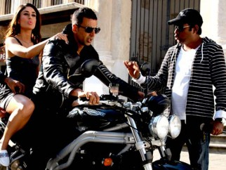 On The Sets Of The Film Kambakkht Ishq Featuring Akshay Kumar,Kareena Kapoor