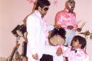 On The Sets Still From The Film Phir Hera Pheri Featuring Sunil Shetty,Sharat Saxena,Rajpal Yadav