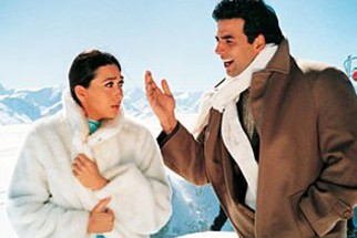 Movie Still From The Film Haan Maine Bhi Pyaar Kiya Featuring Karisma Kapoor,Akshay Kumar