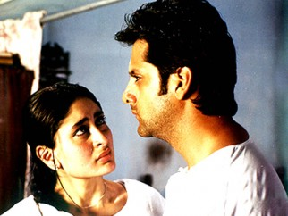 Movie Still From The Film Dev FeaturingFardeen Khan,Kareena Kapoor