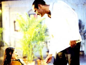 Movie Still From The Film Deewaar,Akshaye Khanna