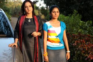 Movie Still From The Film Chhodo Kal Ki Baatein,Mrinal Kulkarni