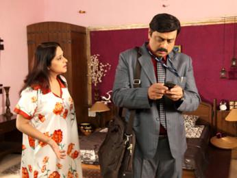 Movie Still From The Film Chhodo Kal Ki Baatein,Mrinal Kulkarni,Sachin Khedekar