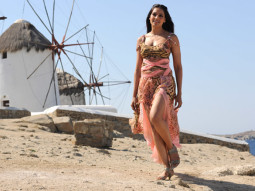 Movie Still From The Film Jodi Breakers,Bipasha Basu