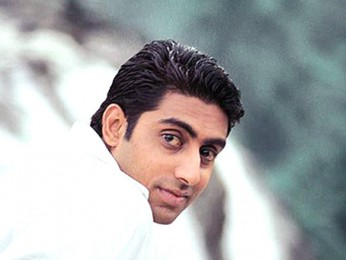 Movie Still From The Film Kuch Naa Kaho Featuring Abhishek Bachchan