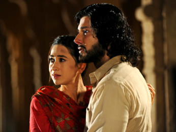 Movie Still From The Film Dangerous Ishhq,Karisma Kapoor,Rajneesh Duggall