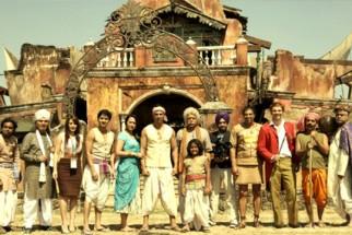 Movie Still From The Film Joker,Asrani,Chitrangda Singh,Shreyas Talpade,Sonakshi Sinha,Akshay Kumar,Vindu Dara Singh,Sanjay Mishra