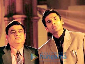 Movie Still From The Film Pyaar Ishq Aur Mohabbat Featuring Sunil Shetty