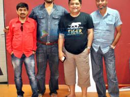 Sajan Agarwal, Mukesh Chaudhary, Swanand Kirkire, Narayan Chauhan