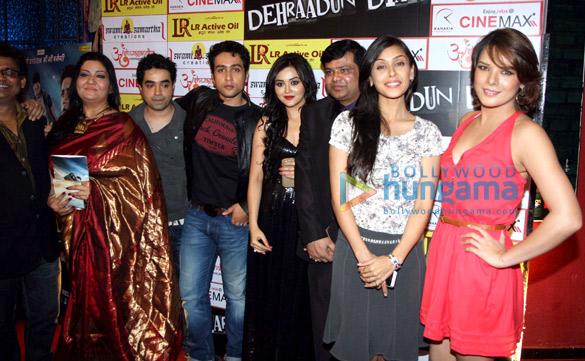 Milind Ukey, Anitta Dhawan Nandwani, Yatin Nandwani, Adhyayan Suman, Ragini Nandwani, Arun Sharma, Hrishita Bhatt, Udita Goswami
