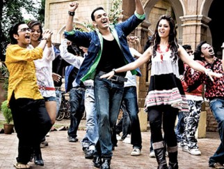 Movie Still From The Film Tum Milo Toh Sahi,Rehan Khan, Anjana Sukhani, Vidya Malvade