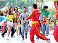 Movie Still From The Film Badmaash Company,Vir Das,Anushka Sharma,Meiyang Chang,Shahid Kapoor