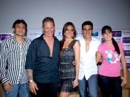 Photo Of Dhillin Mehta,Mr. James D Bomalick,Lara Dutta,Akshay Kumar,Katrina Kaif From Akshay,Lara and Katrina watch Blue with NGO Kids