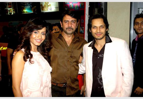 Photo Of Bhavna Pani,Zaigham Ali Syed,Akshay Kapoor From Premiere of Fast Forward