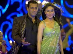 Movie Still From The Film Main Aur Mrs Khanna Featuring Kareena Kapoor,Salman Khan