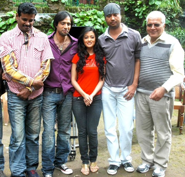 On The Sets Of The Fillim of Jennifer Featuring,Eddie Seth,Riya Sen,Tarique Khan,Suresh Bhaga