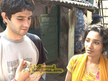 Movie Still From The Film Barah Aana Featuring Arjun Mathur,Tannishtha Chatterjee