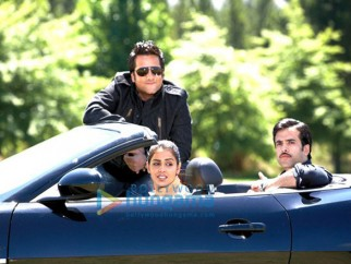Movie Still From The Film Life Partner Featuring Genelia D'souza,Fardeen Khan,Tusshar Kapoor