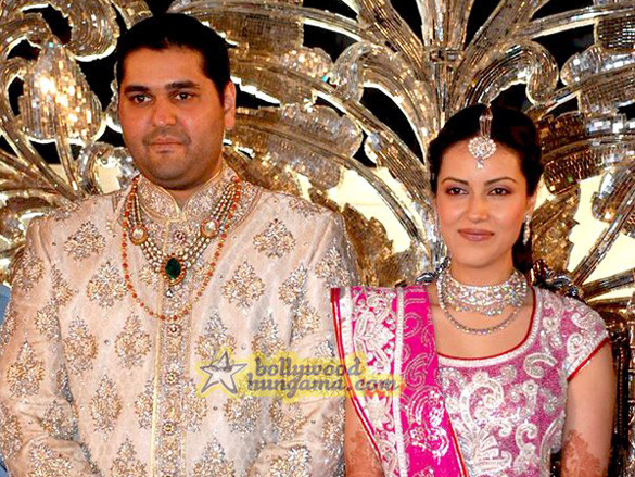 Photo Of Rajiv Bharat Shah,Himani Rawat From The Wedding Reception Of Film Financer Bharat Shah's Son