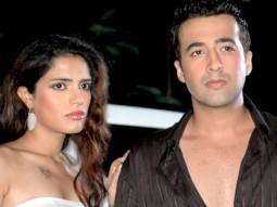 Movie Still From The Film Ek Aadat,Kashish Dhanoya,Puneet Tejwani