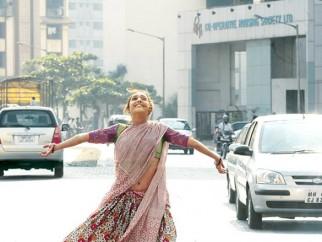 Movie Still From The Film Shahrukh Bola Khoobsurat Hai Tu,Preetika Chawla