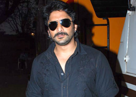 Live Chat: Arshad Warsi on March 24 at 1500 hrs IST