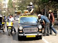 On The Sets Of The Film Shor In The City Featuring Tusshar Kapoor,Alok Chaturvedi,Sudhir Chowdhary,Pitabash Tripathy,Sendhil Ramamurthy,Nikhil Dwivedi,Radhika Apte,Preeti Desai