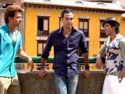 Movie Still From The Film Zindagi Na Milegi Dobara,Hrithik Roshan,Abhay Deol,Farhan Akhtar