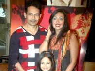 Photo Of Atul Kulkarni,Jannat Zubair Rahmani,Rituparna Sengupta From The Rituparna at 'Warning' film press meet