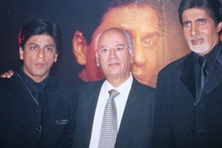 Photo Of Shahrukh Khan,Yash Johar,Amitabh Bachchan  From The Book Release Of Kabhi Khushi Kabhie Gham