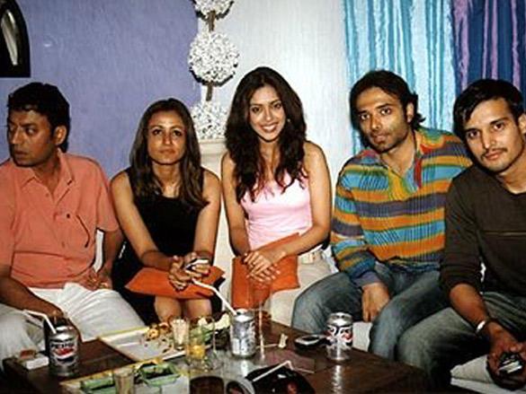 Photo Of Irrfan Khan,Namrata Shirodkar,Hrishita Bhatt,Uday Chopra,Jimmy Shergill From The 'Charas' Celebration Party