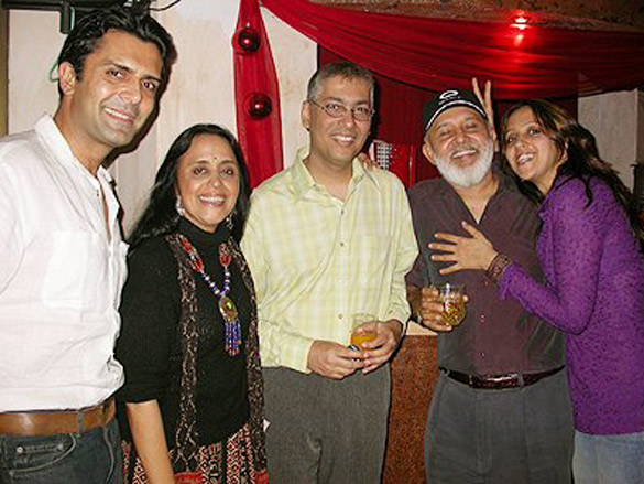 Photo Of Asseem Merchant,Ila Arun,Taran Adarsh,Ishita Arun From The Ila's Surprise Birthday Bash