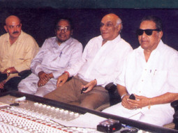 Photo Of Rakesh Roshan,Sachin Bhaumick,Yash Chopra,J.Om Prakash From The Mahurat Of Koi Mil Gaya