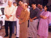 Photo Of J.Om Prakash,Rakesh Roshan,Javed Siddiqi,Harish Dayani,Rajesh Roshan From The Mahurat Of Koi Mil Gaya