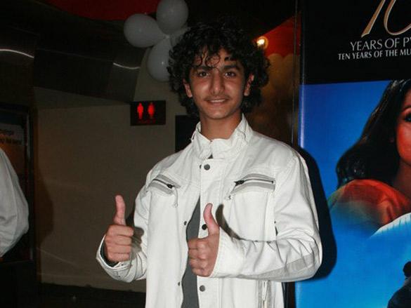 Photo Of Dhruv Piyush Panjnani From The Premiere Of Apna Asmaan