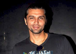 Live Chat: Chetan Hansraj on September 7 at 1630 hrs IST