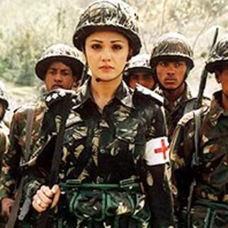 Ab Tumhare Hawale Watan Sathiyo Movie Stills Bollywood Hungama