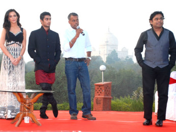 Photo Of Amy Jackson,Prateik Babbar,Gautham Menon,A R Rahman From The Audio release of 'Ekk Deewana Tha' at Taj Mahal Agra