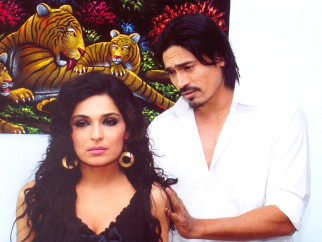 Movie Still From The Film 5 Ghantey Mien 5 Crore,Meera,Shahwar Ali