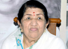 Lata Mangeshkar rushed to a function against doctors' orders