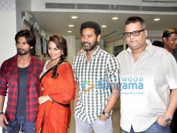Shahid Kapoor, Sonakshi Sinha, Prabhu Dheva, Viki Rajani
