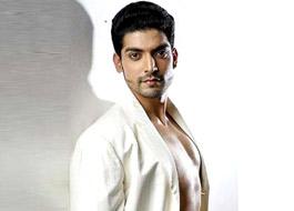 Gurmeet to play negative role in Vishesh Films' Khamoshiyaan