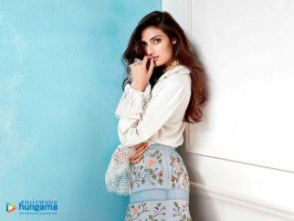 Celebrity Wallpapers of Athiya Shetty