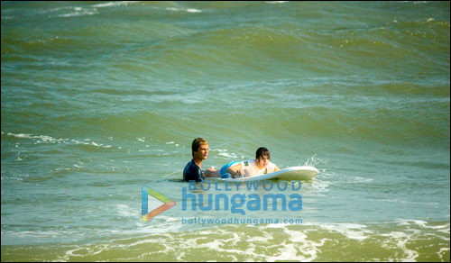 Check Out: Hazel Keech surfing in Tamil Nadu